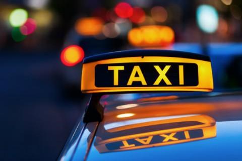 タクシードライバーが語る!人物あれこれ