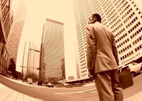 創業者で始まり、創業者で終わる。